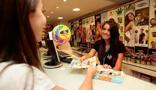 Reembolso deve ser solicitado no posto de venda onda a camisa foi adquirida - Foto: Mila Cordeiro | Ag. A TARDE