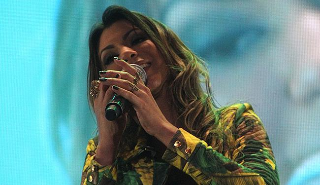 Vina Calmon vai comandar o bloco Cheiro de Amor - Foto: Divulgação