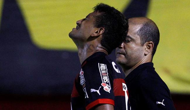 Rogério se machucou durante jogo contra o América-RN pelo Nordestão - Foto: Eduardo Martins | Ag. A TARDE