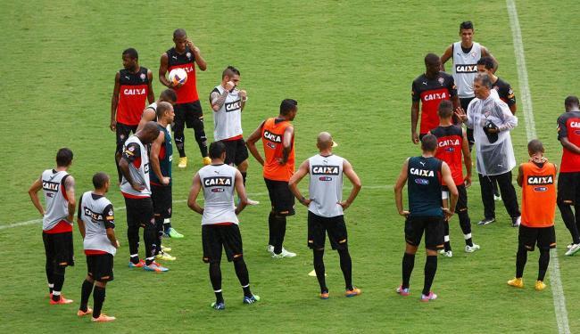 Equipe rubro-negra fez último treino antes do jogo nesta sexta - Foto: Adilton Venegeroles | Ag. A TARDE