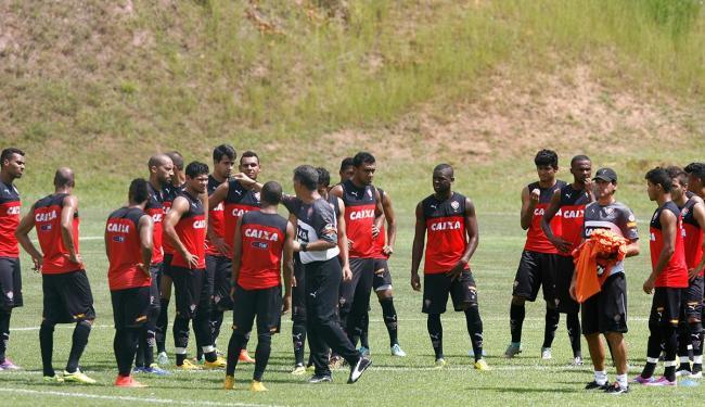 Elenco rubro-negro treina para conseguir a segunda vitória do ano - Foto: Marco Aurélio Martins | Ag. A TARDE