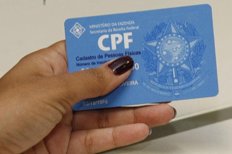 Receita agora exige CPF de filhos a partir de 8 anos - Foto: Margarida Neide | Ag. A TARDE | 06.06.2011