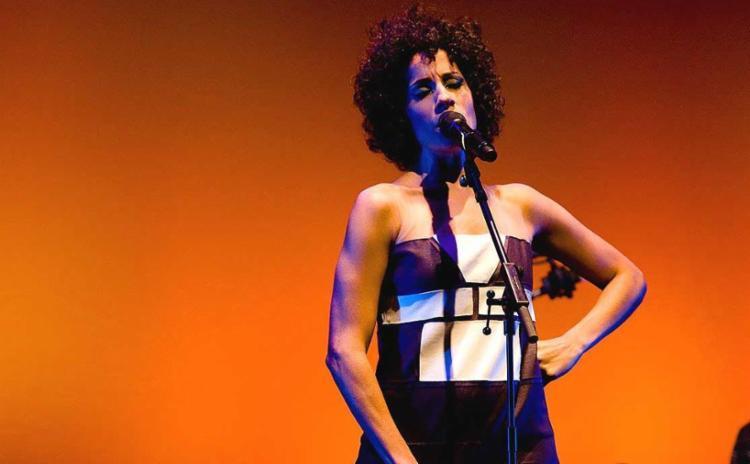 Márcia Castro apresentará, na ocasião, o clipe Baba no Quiabo - Foto: Reprodução