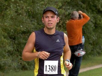 Andreas Lubitz durante uma maratona em 2013 - Foto: Agência Reuters