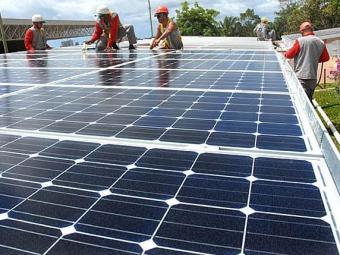 A pretensão é instalar painéis solares em flutuadores que ficarão boiando nos reservatórios - Foto: Divulgação