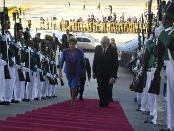 Dilma Rousseff na posse de Tabaré Vázquez - Foto: Governo do Uruguai   Divulgação