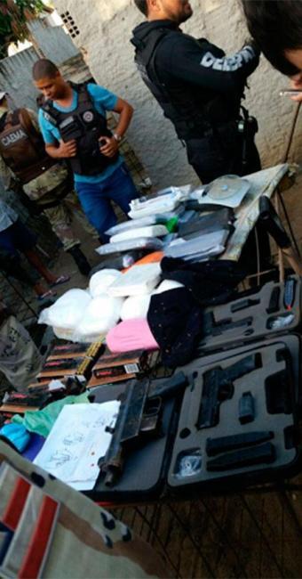 Policiais apreenderam armas e drogas - Foto: Divulgação | PF