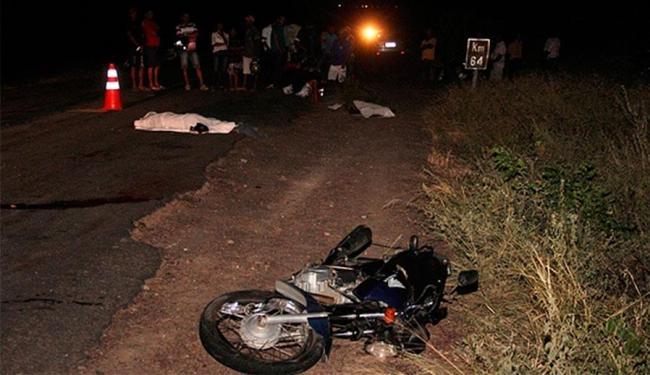 Vítimas trafegavam em moto com destino a Santaluz - Foto: Reprodução   Calila Notícias