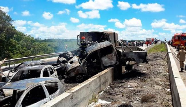 Três pessoas morreram e nove ficaram feridas - Foto: Reprodução | SE Notícias