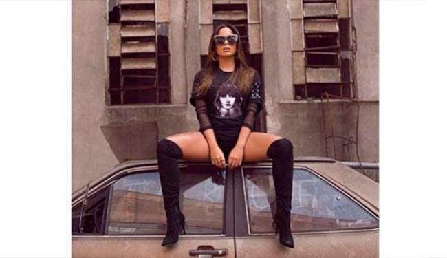 Anitta postou uma foto em homenagem aos fãs - Foto: Reprodução | Instagram