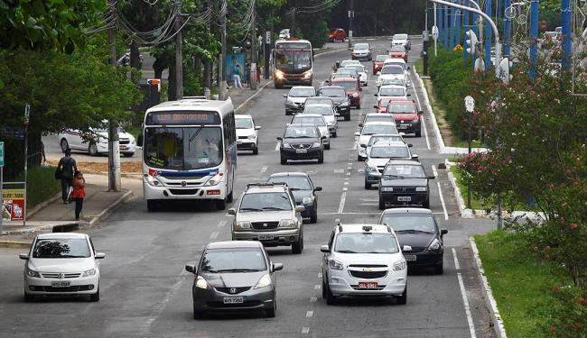 Trânsito intenso é uma das principais características do bairro - Foto: Eduardo Martins | Ag. A TARDE