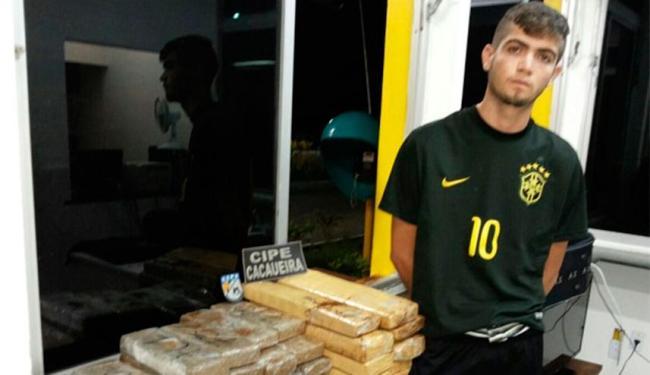 Jovem levava droga para Alagoas e Paraíba - Foto: Reprodução   Pimenta Blog