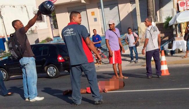 Vítima sofreu escoriações leves e foi socorrido pelo Samu - Foto: Virgínia Olímpio | Cidadão Repórter