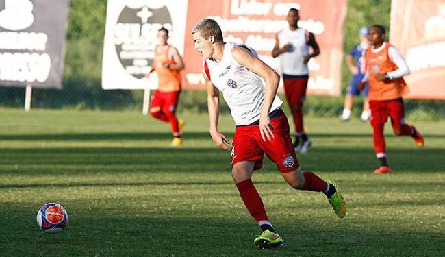 Jogador já está recuperado de lesão e fica à disposição do técnico - Foto: Eduardo Martins | Ag. A TARDE