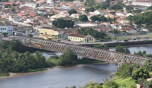 Cachoeira é separada de São Félix pela Ponte Dom Pedro II - Foto: Gildo Lima   Ag. A TARDE