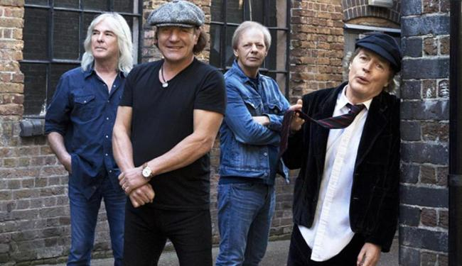 Cliff Williams, Brian Johnson, Stevie Young and Angus Young do AC/DC - Foto: Divulgação
