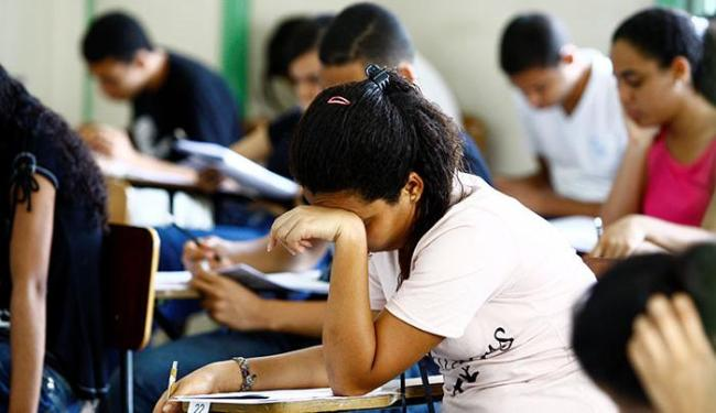 São oferecidas 57 vagas para candidatos com nível fundamental, médio/técnico e superior - Foto: Fernando Vivas | Ag. A TARDE