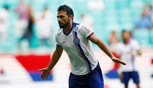Maxi comemora após marcar o gol contra o Galícia - Foto: Eduardo Martins   Ag. A TARDE