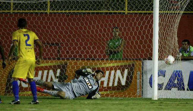 Colo Colo fez os dois gols no primeiro tempo - Foto: Eduardo Martins | Ag. A TARDE