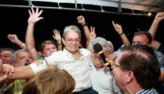 Dos 233 votantes, entre 172 conselheiros efetivos e 61 suplentes, 186 (80%) preferiram Viana - Foto: Margarida Neide | Ag. A TARDE