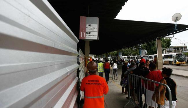 Parte da estação já foi fechada - Foto: Raul Spinassé | Ag. A TARDE