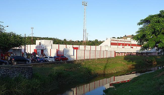 Fachada do estádio santo-amarense exibe o novo nome - Foto: Divulgação l Prefeitura de Santo Amaro