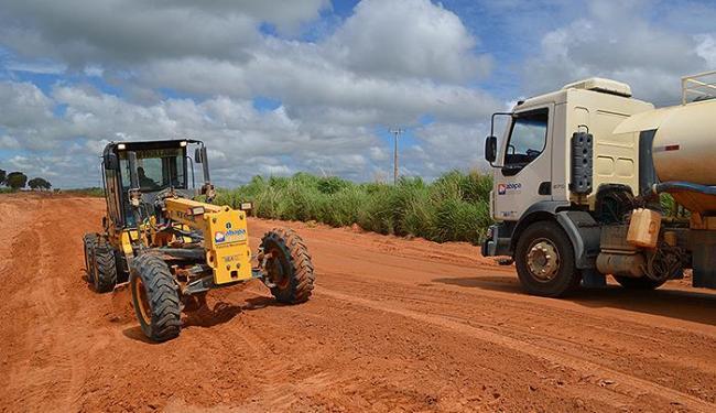Recuperação da estrada Alto Horizonte começou em fevereiro e está prevista para terminar mês que vem - Foto: Virgilia Vieira l Ascom Abapa