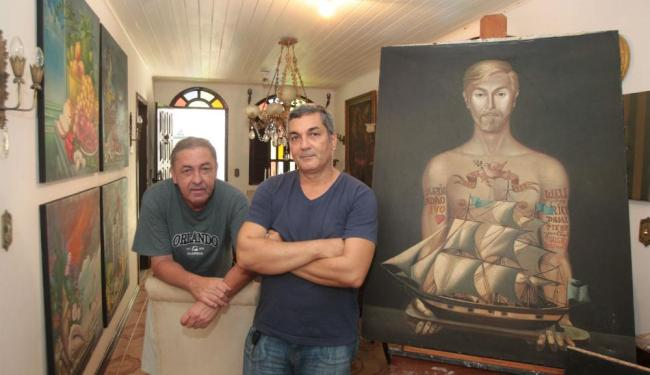 Luizinho Bastos e Antônio Carlos Mendes alertam que a obra de Carlos Bastos está em perigo - Foto: Lúcio Távora   Ag. A TARDE