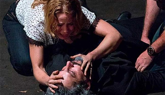 José Alfredo morre ao lado de Cristina e Josué - Foto: Reprodução | TV Globo