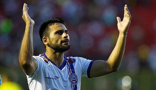 Maxi vibra pelo gol em seu primeiro Ba-Vi no Barradão com a camisa do Bahia - Foto: Eduardo Martins | Ag. A TARDE