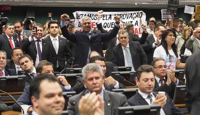 A proposta foi aprovada por 42 votos a 17 - Foto: Marcelo Camargo | Agência Brasil