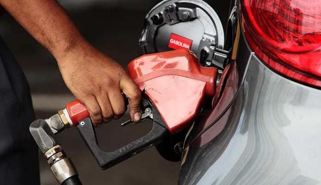 Em Salvador, os combustíveis subiram 13,92% - Foto: Mila Cordeiro | Ag. A TARDE