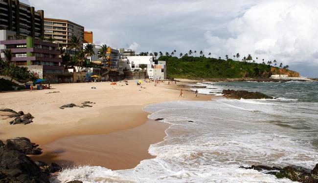 Praia de Buracão, no Rio Vermelho, foi considerada a mais segura entre seis principais - Foto: Fernando Vivas | Ag. A TARDE