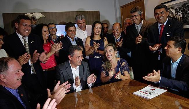A crise pareceu momentaneamente esquecida na posse de Maria Quitéria na UPB - Foto: Margarida Neide | Ag. A TARDE