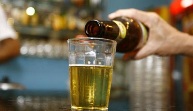 Quem mais abusa da bebida são os jovens, diz pesquisadores da Unifesp - Foto: Joá Souza | Ag. A TARDE