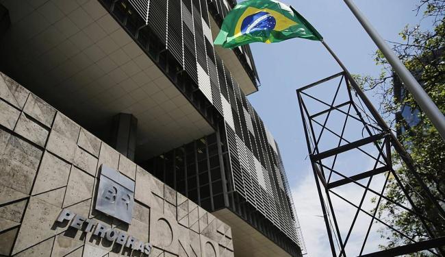 Prédio da Petrobras no Rio de Janeiro - Foto: Sergio Moraes   Ag. Reuters   04.03.2015