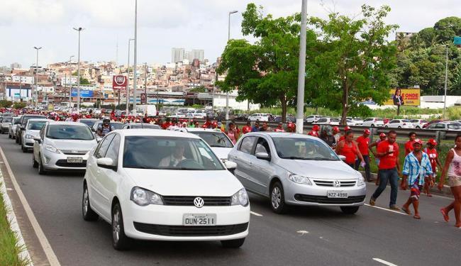 Marcha do MST complica trânsito em Salvador - Foto: Edilson Lima   Ag. A TARDE