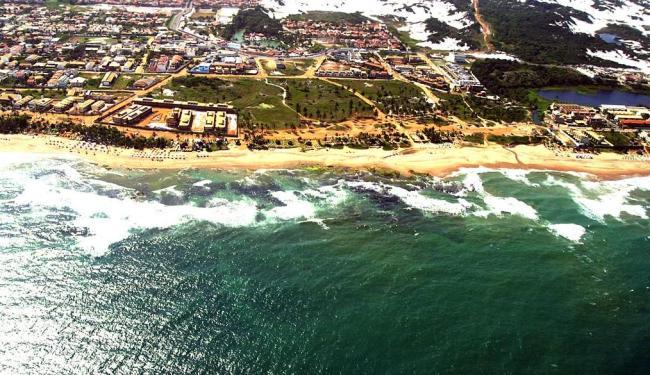 Vista aérea da praia e do bairro de Stella Maris - Foto: Fernando Amorim | Ag. A TARDE