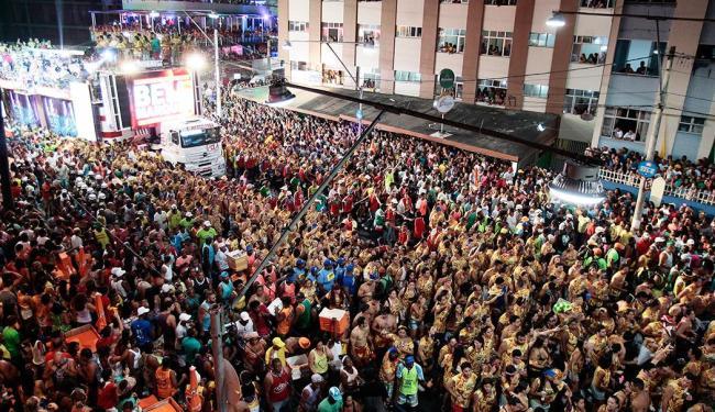 Durante o Carnaval deste ano, foliões votaram nos artistas preferidos por meio de pesquisa do Ibope - Foto: Mila Cordeiro | Ag. A TARDE