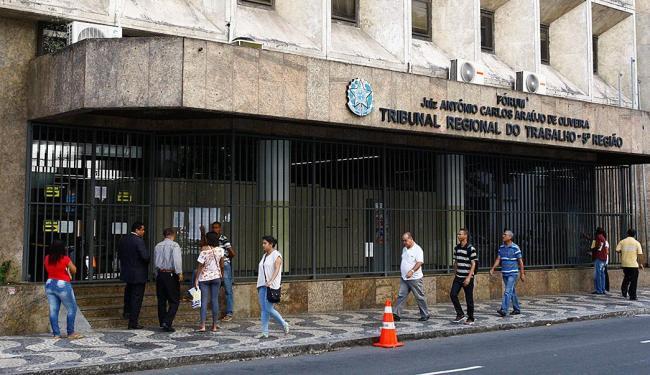 Prédio passou por dedetização no dia 28 de fevereiro - Foto: Eduardo Martins | Ag. A TARDE