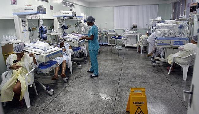 UTI neonatal do Hospital da Mulher funciona no limite - Foto: Luiz Tito l Ag. A TARDE