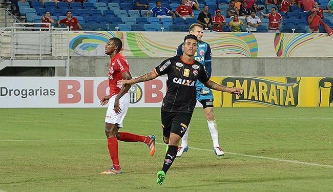 Vander comemora seu gol sobre o América-RN - Foto: Frankie Marcone l Futura Press l Estadão Conteúdo