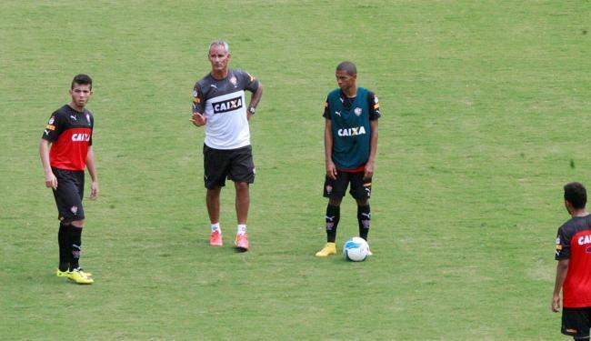 Amadeu comando o Vitória enquanto o novo técnico não é escolhido - Foto: Luciano da Matta | Ag. A TARDE