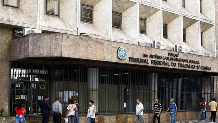 Na Bahia, o volume de novas ações caiu 91% nos primeiros dias da reforma - Foto: Eduardo Martins | Ag. A TARDE