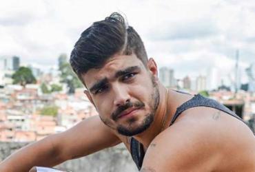 Caio Castro é expulso de festa acusado de agredir fotógrafo na Bahia