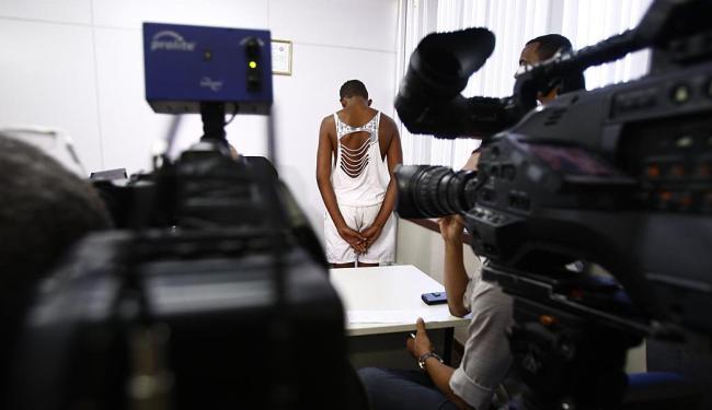 O adolescente foi apreendido em Serrinha e apresentado em Salvador - Foto: Fernando Vivas   Ag. A TARDE