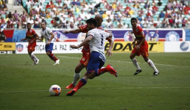 Autor do primeiro gol, Maxi Biancucchi foi um dos destaques do Bahia na partida - Foto: Fernando Amorim | Ag. A Tarde