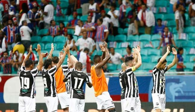 Cearenses comemoram vitória na casa tricolor - Foto: Fernando Amorim | Ag. A TARDE