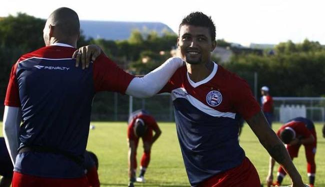 Kieza é o artilheiro do time na temporada com 12 gols - Foto: Adilton Venegeroles| Ag. A TARDE
