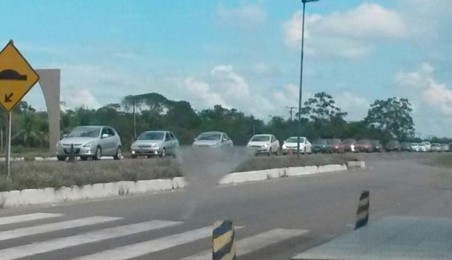 Fluxo é intenso na BR-101 próximo ao distrito de Humildes em Feira de Santana - Foto: Divulgação: Polícia Rodoviária Federal